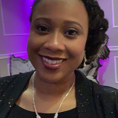 Jenelle Roach